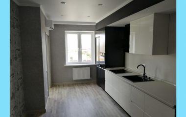 Двухкомнатная квартира с лоджиями, ремонт под ключ